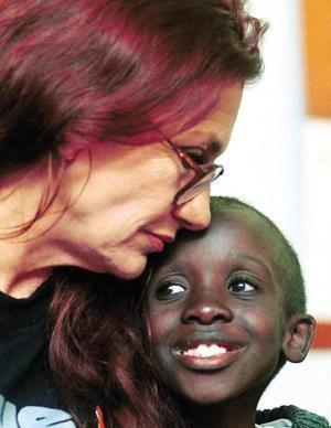 Google vinh danh Nkosi Johnson - Người hùng nhỏ với bài phát biểu khiến 10.000 người chết lặng 1